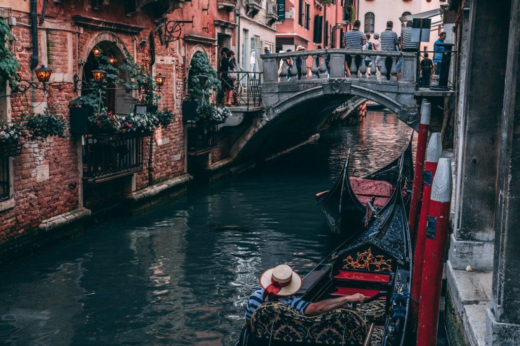 gondola-en-venecia