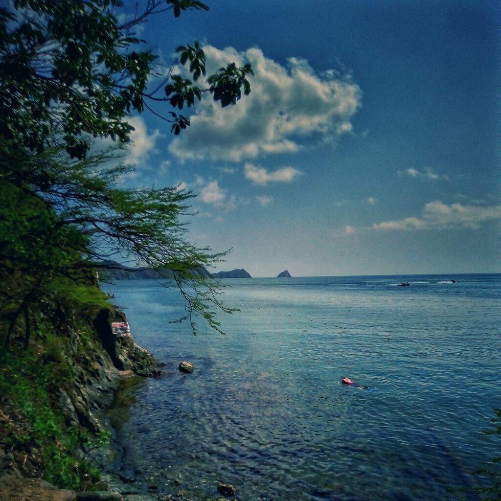 foto-desde-la-colina-en-playa-grande