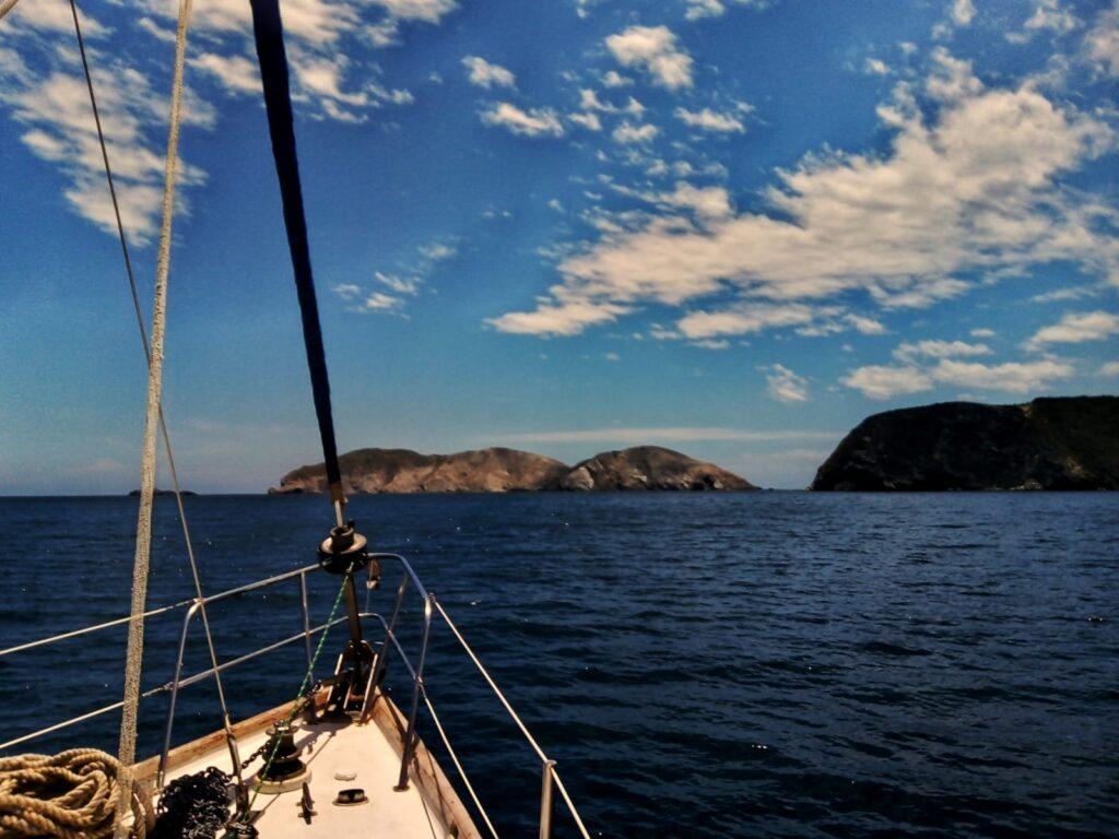 foto-navegando-en-velero-santa-marta