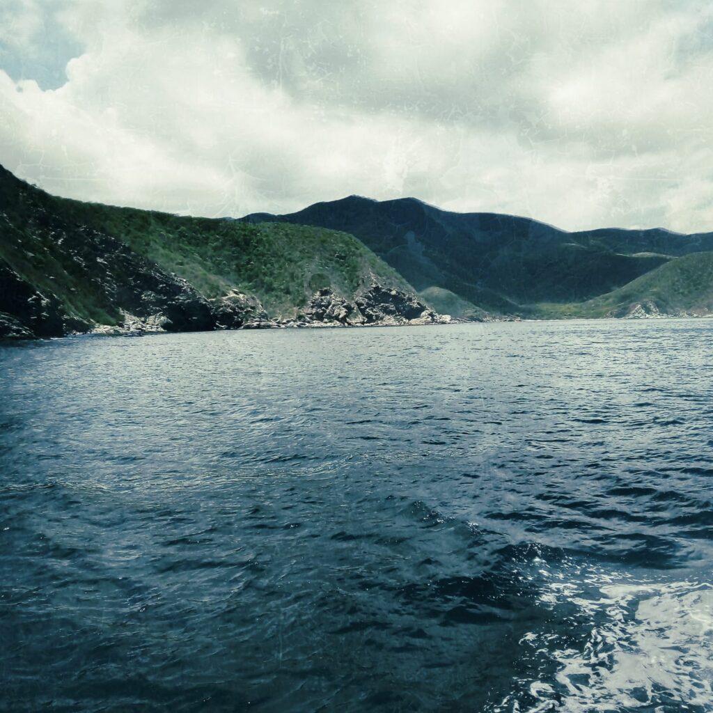 foto-navegando-hacia-el-parque-tayrona